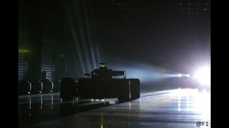 メルセデス、W10のフロントウイングの迷彩カラーを公開
