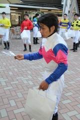 190101 2019年川崎競馬初日騎手お出迎え-04