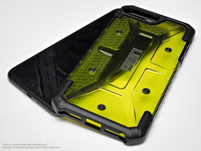 UAG Plasma 未装着とiPhone 7 Plus Black