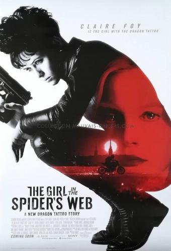 蜘蛛の巣を払う女0001