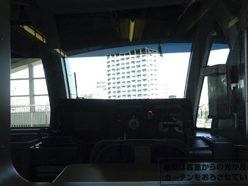 23運転席