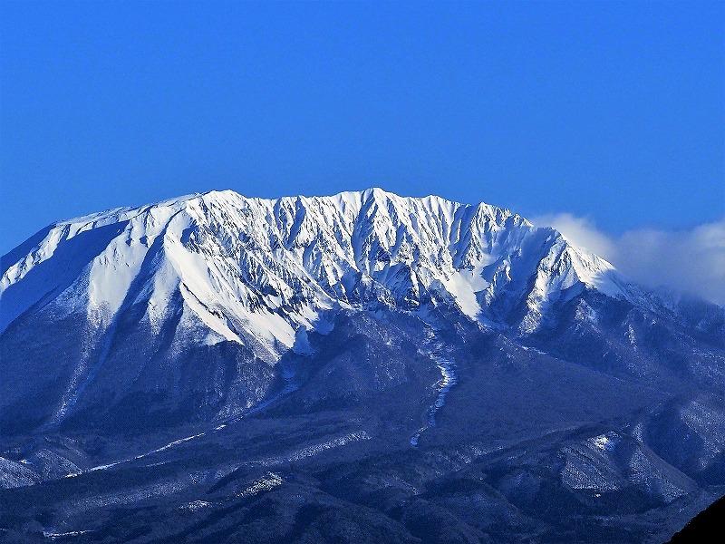 明智峠からの大山2