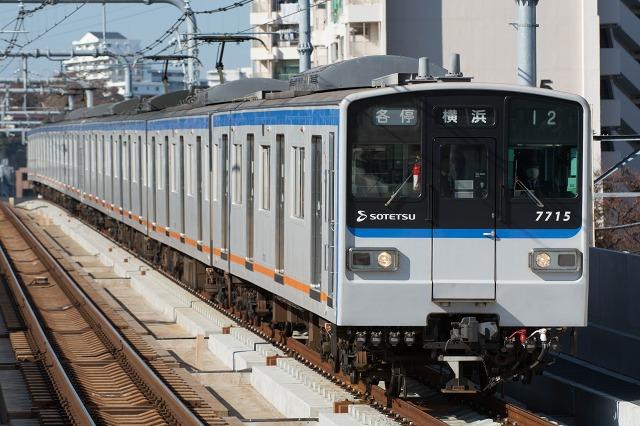 7715F-4.jpg