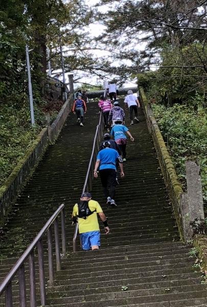 2018-11-04 春日山神社階段