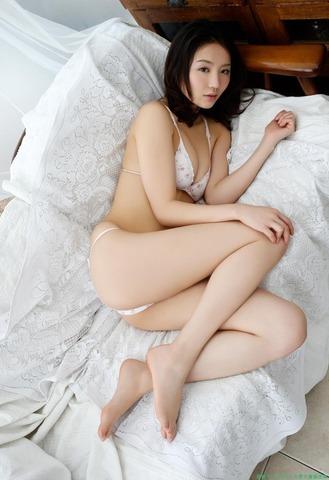 ono_nonoka_412_022s