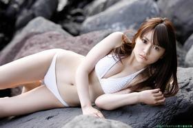 shiho_photo_200
