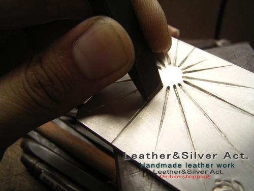 オーダーベルトの製作 シルバー