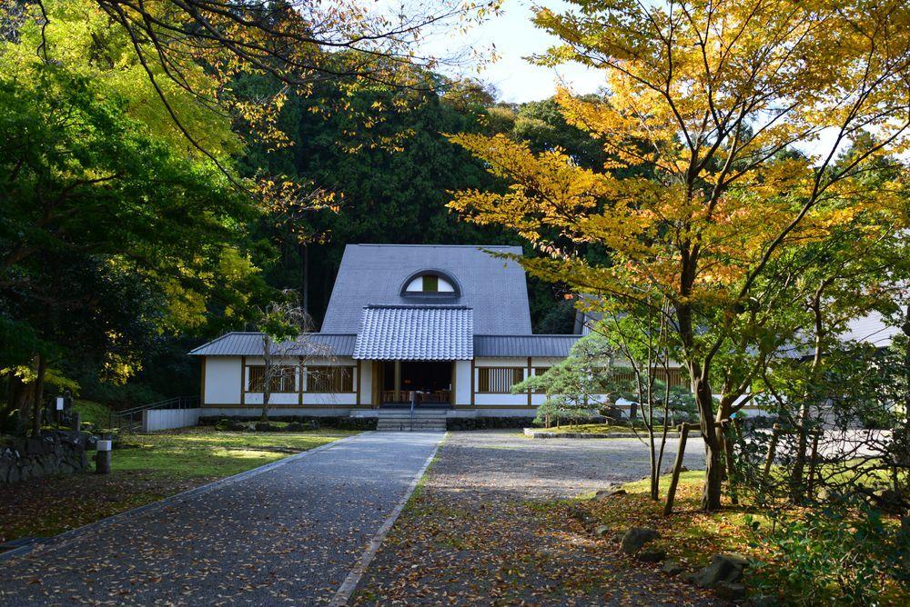 妙光寺の秋-3