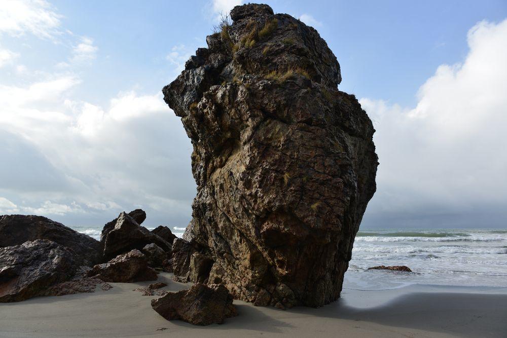 冬の海へ 岩-1