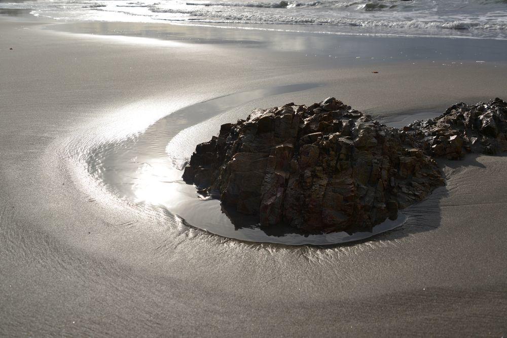 冬の海へ 岩-5