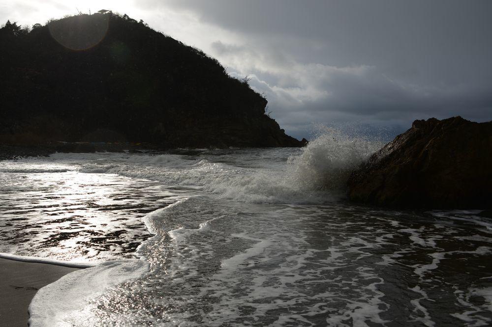 波が来た-1