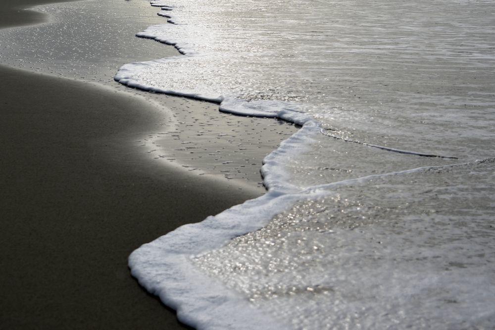 波が来た-3