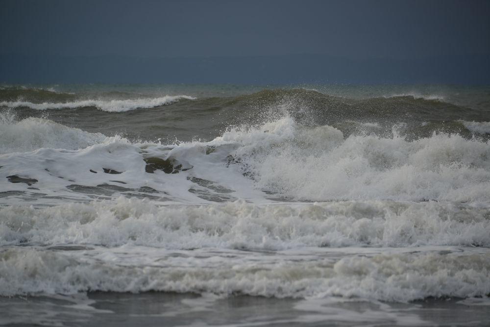 冬の波-5