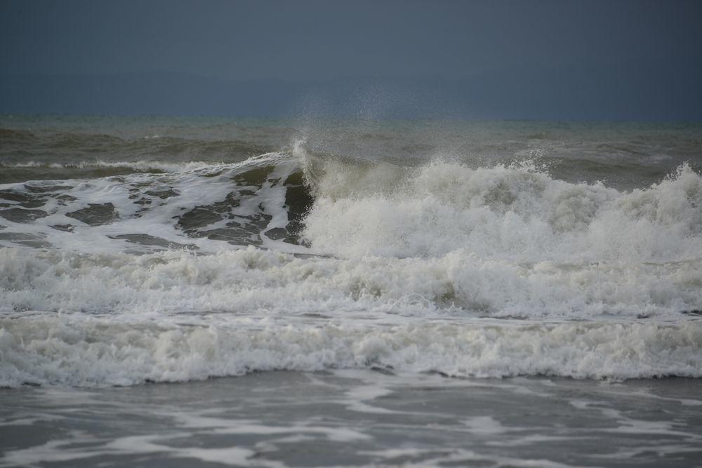 冬の波-6