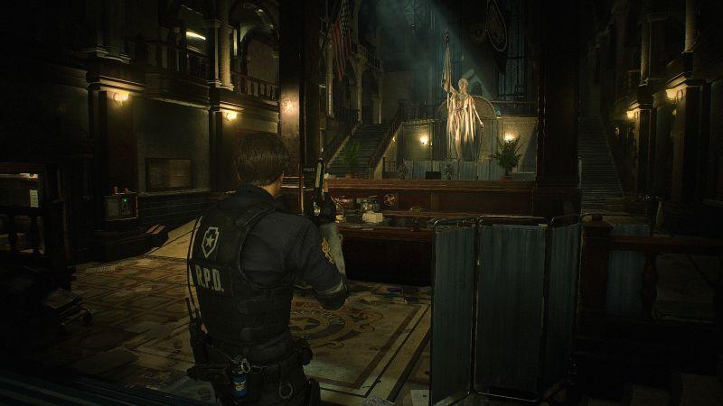 Steam 版 バイオハザード RE:2 ReShade インストール設定、R.P.D. ラクーンポリスデパートメント ホール、ReShade プリセット Resident Evil 2 Remake Terror、色空間 sRGB、明るさ調整 すべてデフォルト