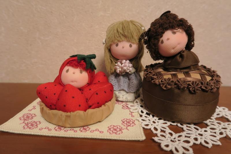 ケーキの人形