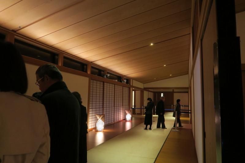 行燈の廊下1