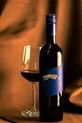 飲み物-ワインとワイングラス