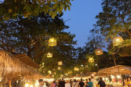 Ayuttaya Night Market (24)
