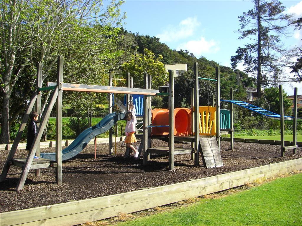 playgroundschool4.jpg