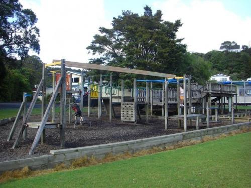 playgroundschool5.jpg