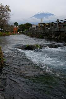 09神田川と富士山