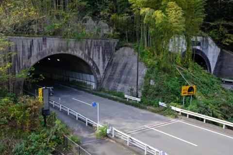 15宇津ノ谷トンネル・昭和都と平成