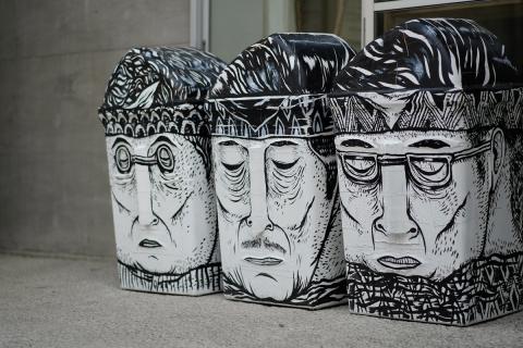 02ゴミ箱アート