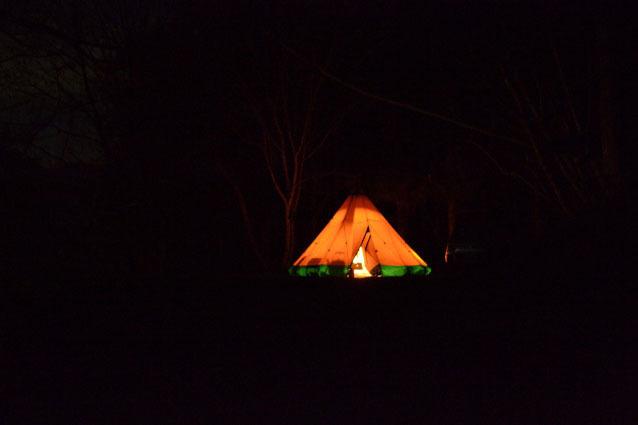 何がなんでもキャンプだし キャンプ場 新型コロナ 休校 営業状況 休園 PICA キャンプアンドキャビンズ ライジングフィールド 道志村 河口湖