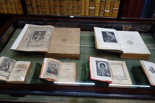 古書が蔵書
