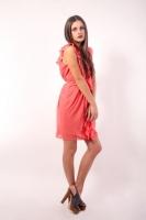 素材女性ピンクのワンピース 素材AC