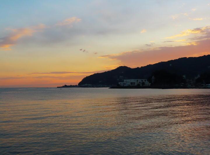 夜明けの海-015