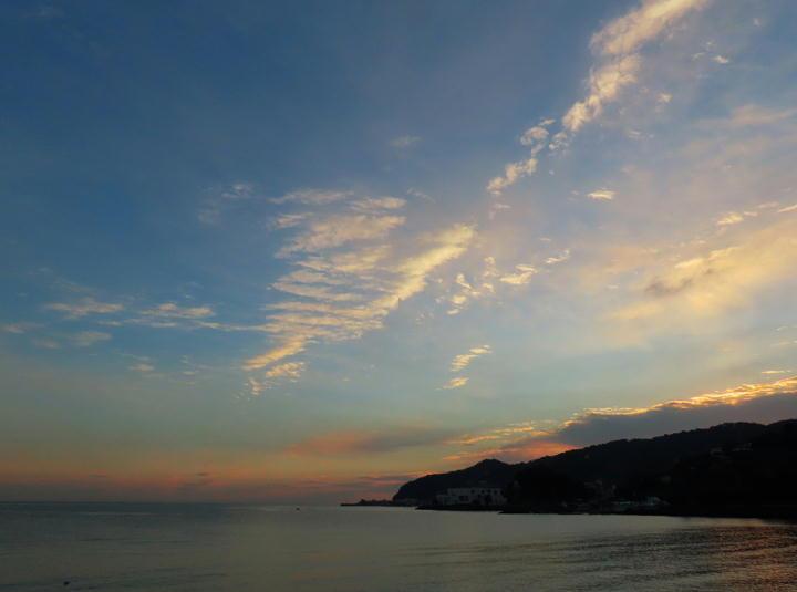 夜明けの海-024