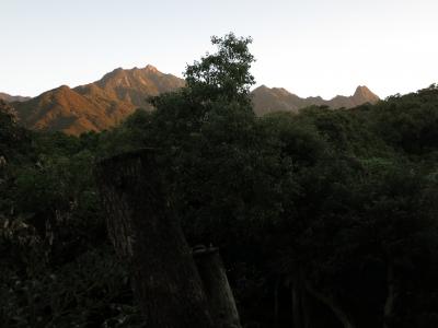 181029-14=朝焼けのモ岳連峰fm奥之院