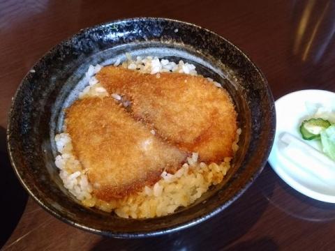 とんかつ政ちゃん・H29・6 特製かつ丼大盛4