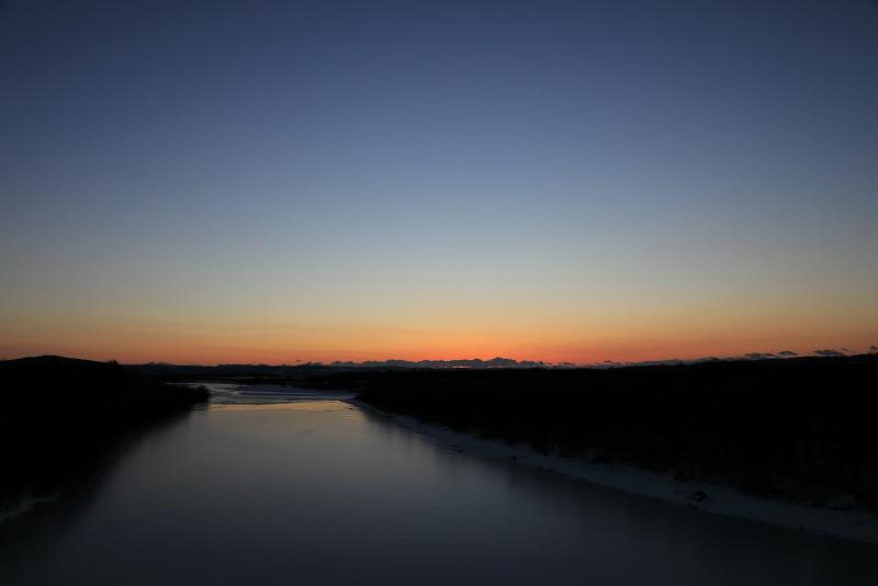 9748 千代田堰堤の朝