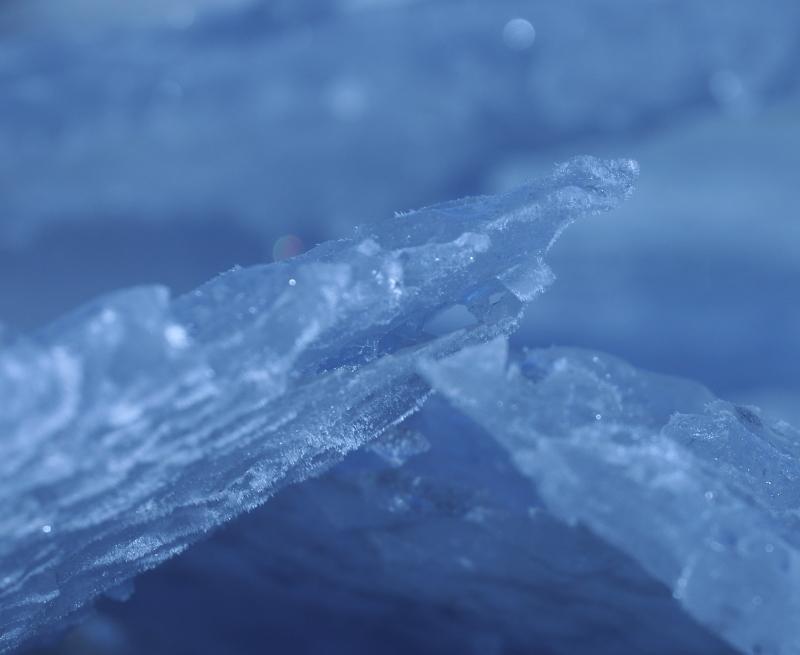 1100 氷の造形