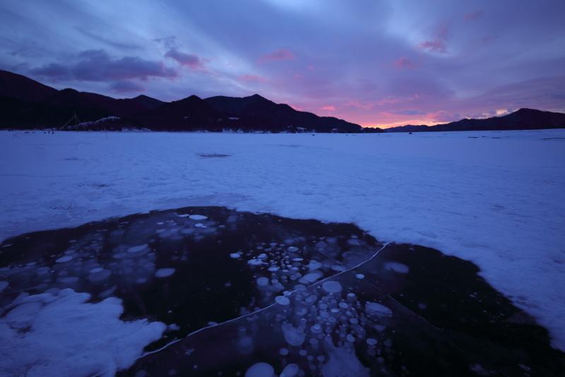 6257 朝焼けの糠平湖