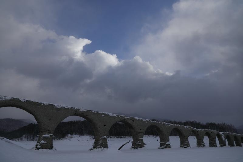 7984  タウシュベツ橋梁