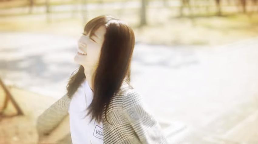 鈴木愛理『Moment』MV02