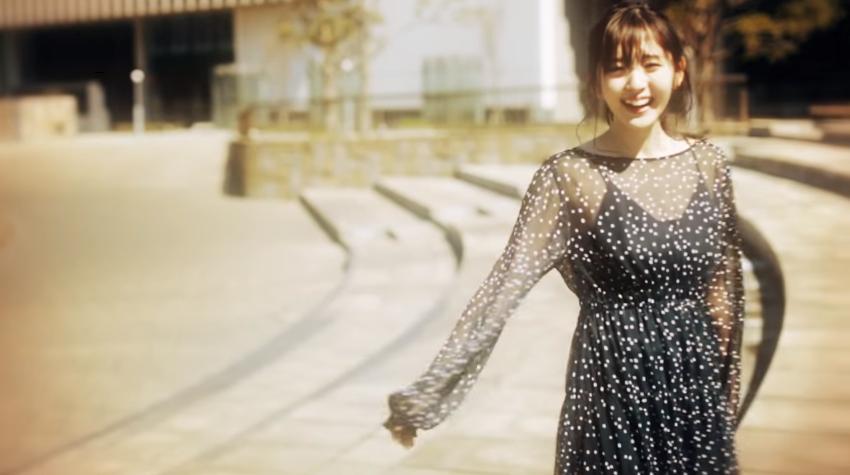 鈴木愛理『Moment』MV01