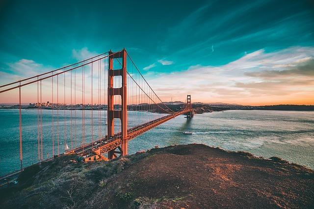 golden-gate-bridge-1081782_640.jpg