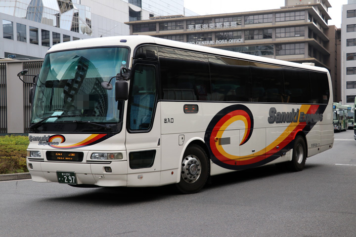 20181201_shikoku_expressway_bus-01.jpg