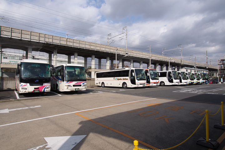 20181201_west_jr_bus-02.jpg