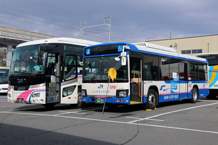 20181201_west_jr_bus-04.jpg
