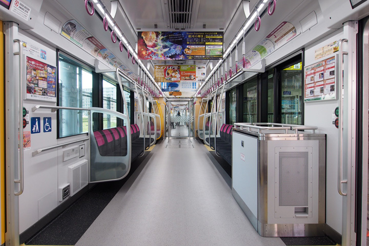 20181202_osaka_monorail_3000-in01.jpg
