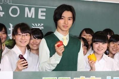 【芸能人サプライズ(学校編)】山崎賢人女子高生の授業にサプライズ!
