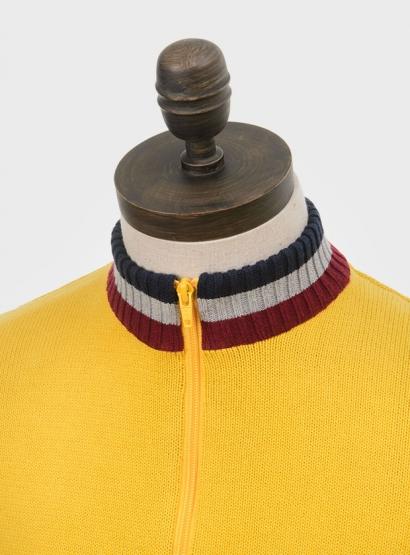 Artgallery_Knitwear_Clarke_0010_yellow_close-up.jpg