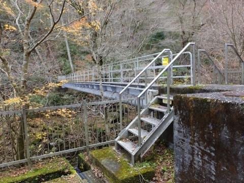 水土野水源水管橋