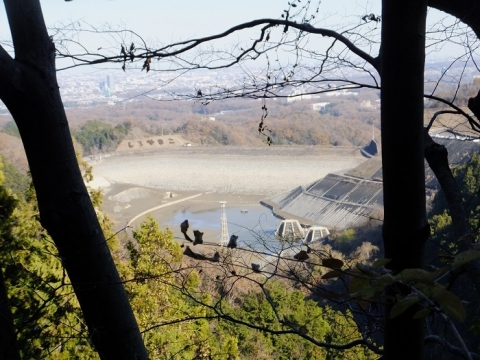 空っぽの城山湖